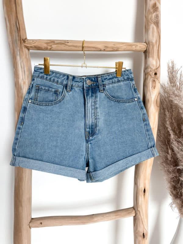 Jeans Shorts für Damen - im Vazzola Fashion Onlineshop