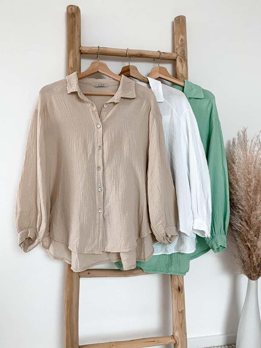 Kurze Musselin Bluse aus reiner Baumwolle - im Vazzola Fashion Onlineshop